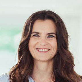 Izabella Pach